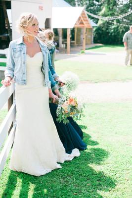 Rustic Minnesota Farm Wedding Wedding Real Weddings