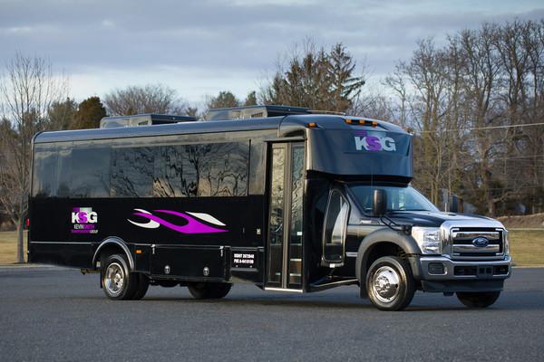600x600 1485288290350 mini bus 1