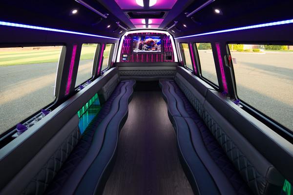 600x600 1507303351156 party bus 401   12