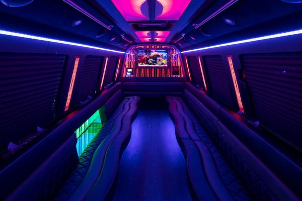 600x600 1507303472271 party bus 401   33