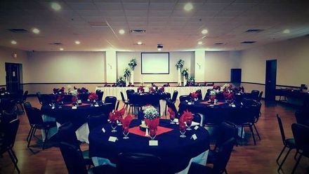 Headliners Bar & Grill - Winncrest Banquet Hall
