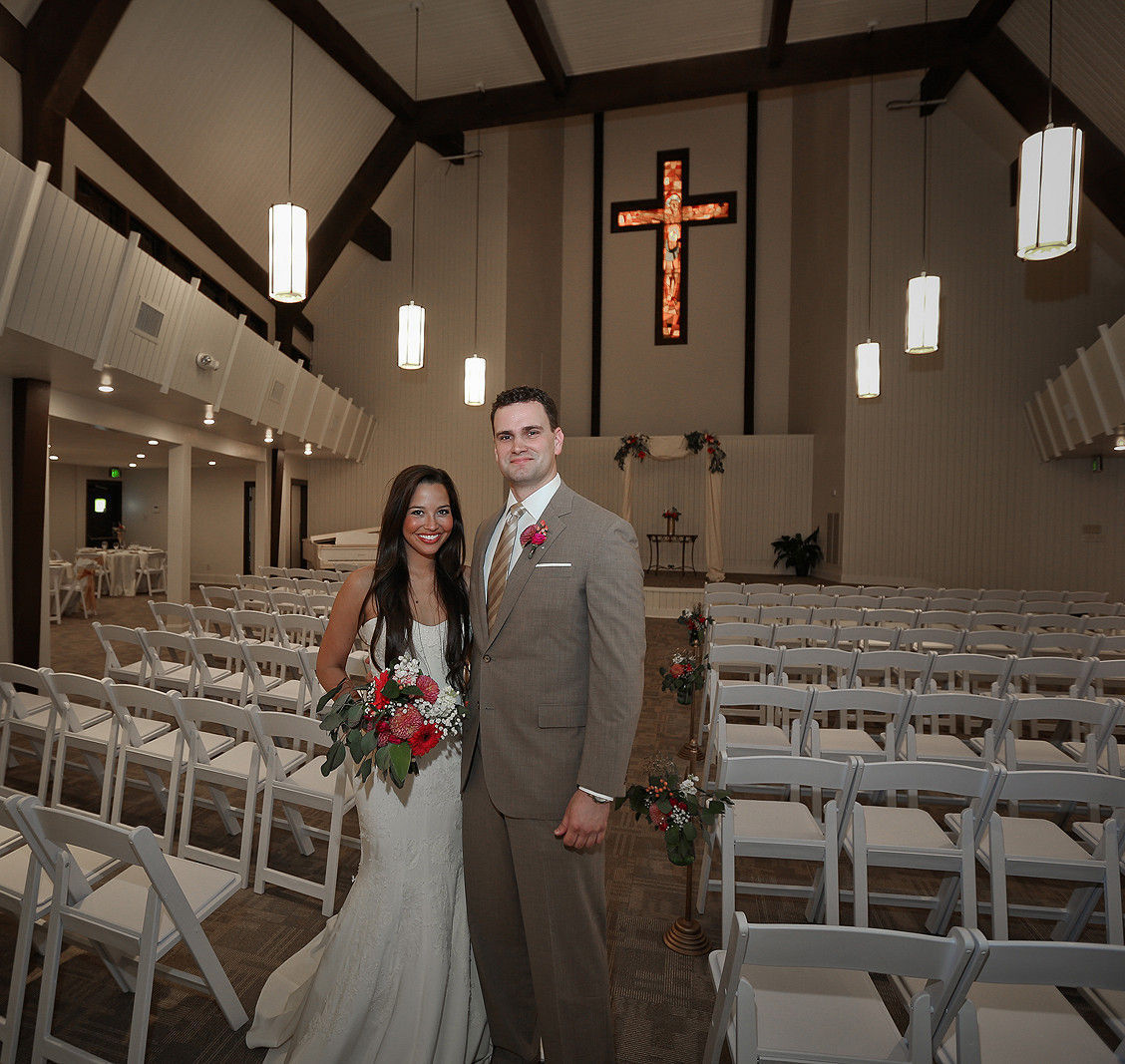 Overton chapel venue memphis tn weddingwire for Wedding dress rental memphis tn
