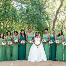 "<strong class='info-row'>Svetlana Photography</strong> <div class='info-row description'><html>  <head></head>  <body>    Lindsey's 'maids looked chic in emerald and jade green gowns.   Venue:    <a href=""https://www.weddingwire.com/biz/the-vista-on-seward-hill-austin/8620a87097a99c38.html"" target=""_blank"">The Vista on Seward Hill</a>  Floral Design:    <a href=""https://www.weddingwire.com/biz/flora-fetish-llc-austin/41aa20526a6d572e.html"" target=""_blank"">Flora Fetish, LLC.</a>   </body> </html></div>"