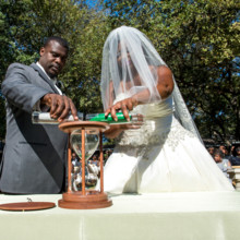 "<strong class='info-row'>Svetlana Photography</strong> <div class='info-row description'><html>  <head></head>  <body>    The bride and groom performed a sand unity ritual to symbolize the start of their new life together.   Venue:    <a href=""https://www.weddingwire.com/biz/the-vista-on-seward-hill-austin/8620a87097a99c38.html"" target=""_blank"">The Vista on Seward Hill</a>   </body> </html></div>"