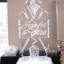 """<strong class='info-row'>Pond Photography</strong> <div class='info-row description'><html>  <head></head>  <body>    A personalized ice sculpture was displayed at the reception.     <span class=""""s1"""">Reception Venue: <a href=""""https://www.weddingwire.com/biz/the-brass-on-baltimore-kansas-city/38e651de12a08110.html""""><span class=""""s2"""">Brass on Baltimore</span></a></span>     <span class=""""s1"""">Event Planner: <a href=""""https://www.weddingwire.com/biz/madison-sanders-events-liberty/bfd7956686c7ed3d.html""""><span class=""""s2"""">Madison Sanders Events</span></a></span>  Ice Sculpture: Cool Carvings   </body> </html></div>"""