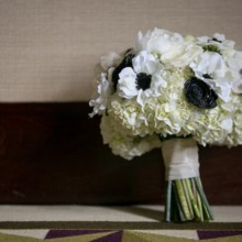 """<strong class='info-row'>Pond Photography</strong> <div class='info-row description'><html>  <head></head>  <body>    The bride carried a glamorous bouquet of white hydrangeas and anemones.     <span class=""""s1"""">Event Planner: <a href=""""https://www.weddingwire.com/biz/madison-sanders-events-liberty/bfd7956686c7ed3d.html""""><span class=""""s2"""">Madison Sanders Events</span></a></span>  Flowers:    <a href=""""https://www.weddingwire.com/biz/good-earth-floral-design-studio-overland-park/f0497b6bc386f384.html""""><span class=""""s2"""">Good Earth Floral Design Studio</span></a>   </body> </html></div>"""