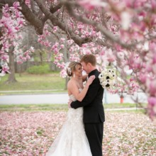 """<strong class='info-row'>Pond Photography</strong> <div class='info-row description'><html>  <head></head>  <body>    The best moment of their wedding? """"Spending the day with family and friends as most of them traveled from out of town to be there and celebrate our wedding day with us,"""" Jennifer said.     <span class=""""s1"""">Event Planner: <a href=""""https://www.weddingwire.com/biz/madison-sanders-events-liberty/bfd7956686c7ed3d.html""""><span class=""""s2"""">Madison Sanders Events</span></a></span>   </body> </html></div>"""