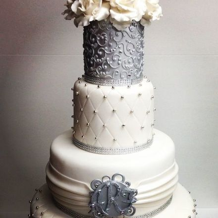 Chicago wedding cakes reviews for 110 cakes milettes cakes junglespirit Choice Image