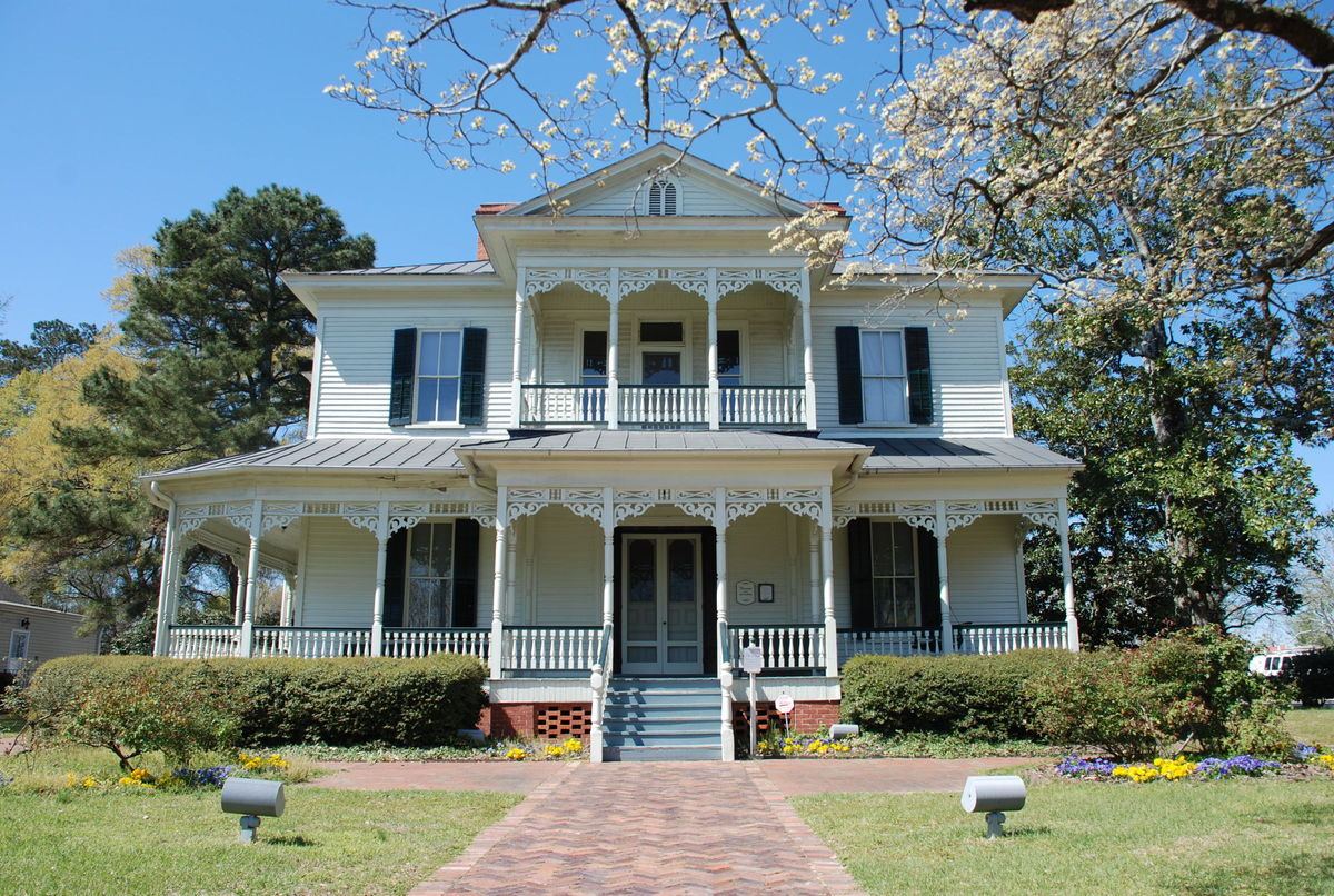 1897 Poe House Venue Fayetteville Nc Weddingwire
