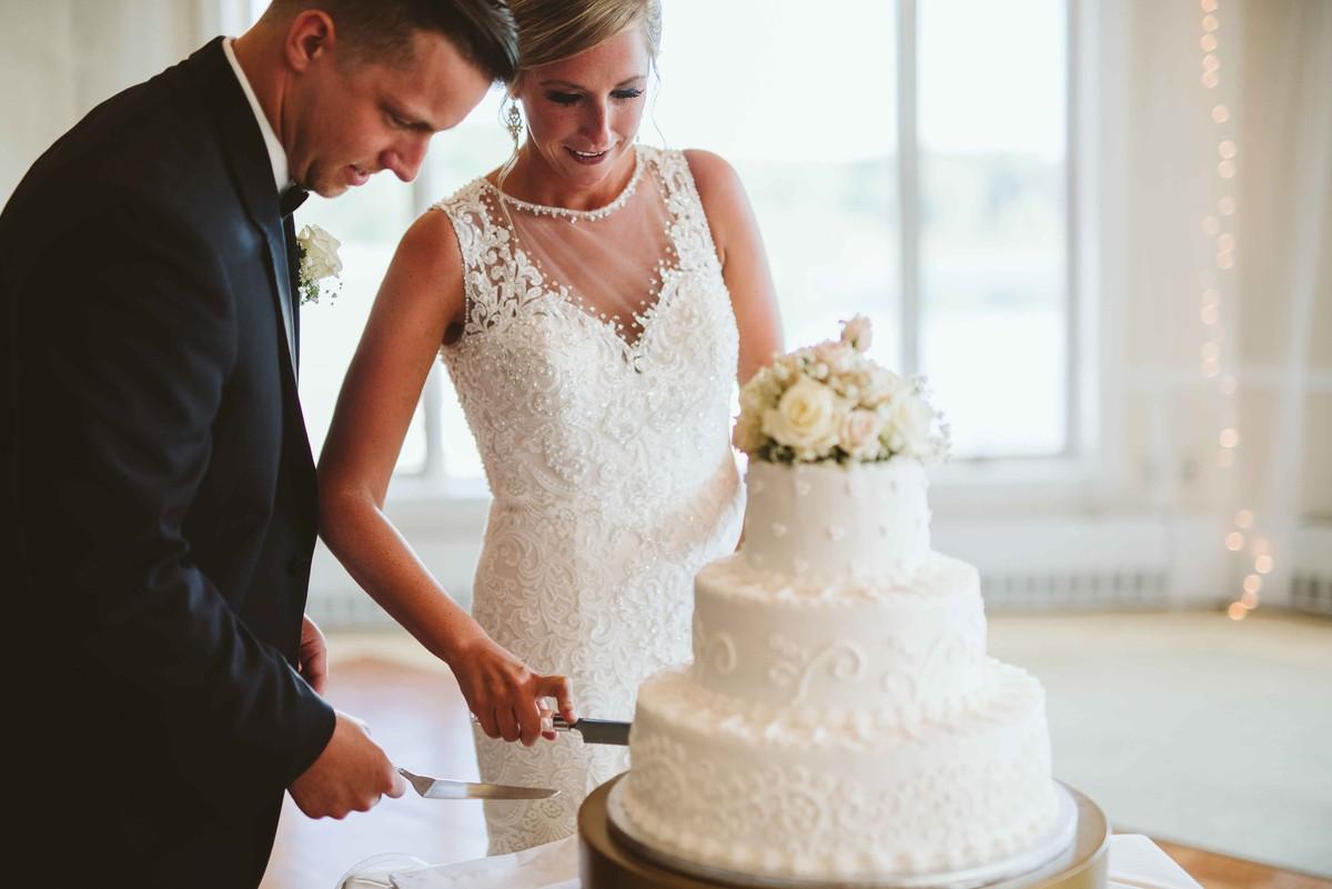 Classic Michigan Club Wedding, Wedding Real Weddings Gallery by ...