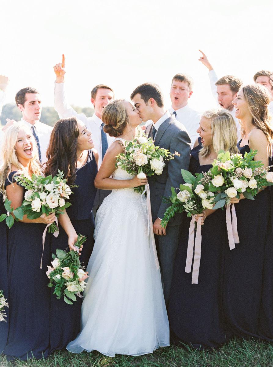The heirloom table flowers austin tx weddingwire for Wedding dress rental austin tx