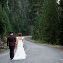 220x220 sq 1472788526644 snoqualmieweddingphotographer0084