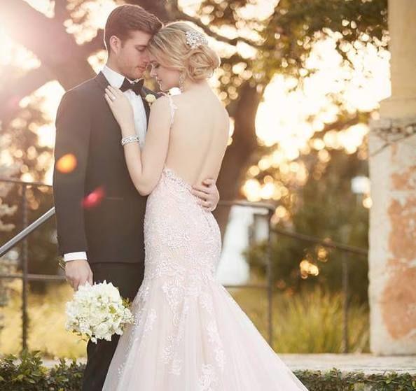 Wedding Gowns Az: Dress & Attire