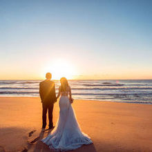 220x220 sq 1486413982 c163bffa41cc4980 bride groom beach