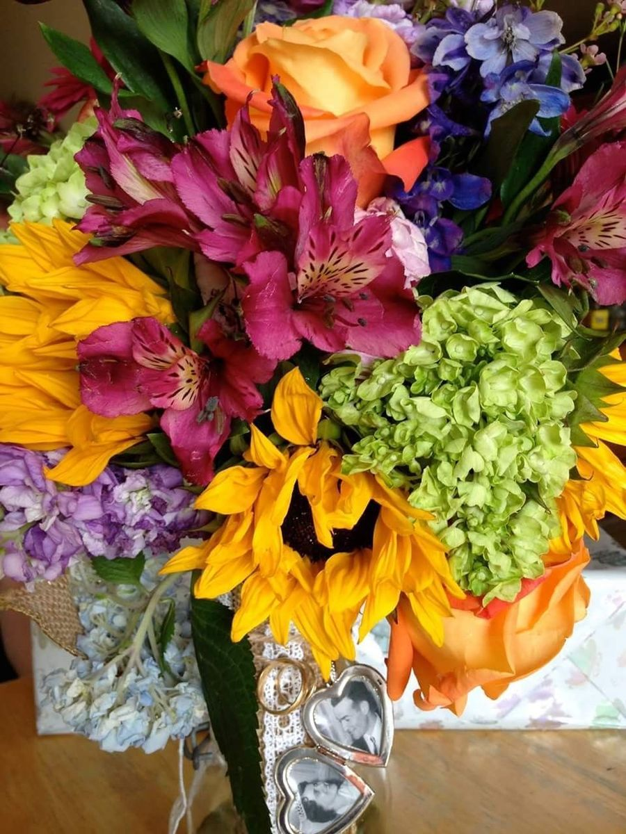 Morning Rise Flowers Flowers Clifton Park Ny Weddingwire