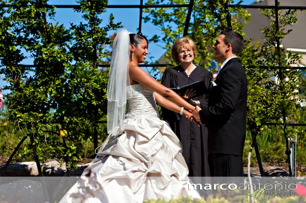 photo 2 of La Donna Weddings Officiants & Ceremony Coordinating Services
