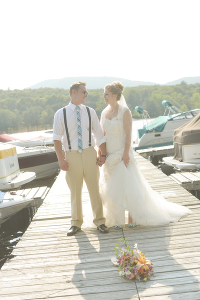600x600 1483977295480 bride  groom at the dock