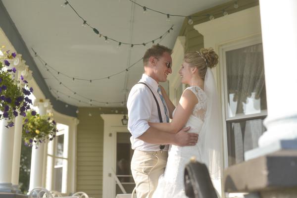 600x600 1484336240563 bride  groom on deck