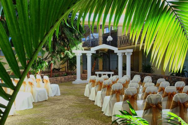 Wedding Invitations Fresno Ca: Wyndham Garden Fresno Airport