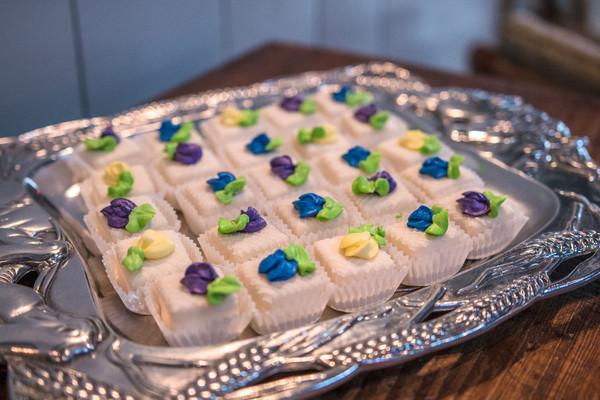 600x600 1491514255608 mini desserts