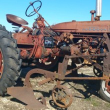 220x220 sq 1485546983024 tractor