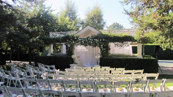 600x600 1489790669011 wedding3