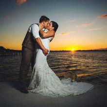 220x220 sq 1516053943 92fa45ab41694f43 wedding fb 36