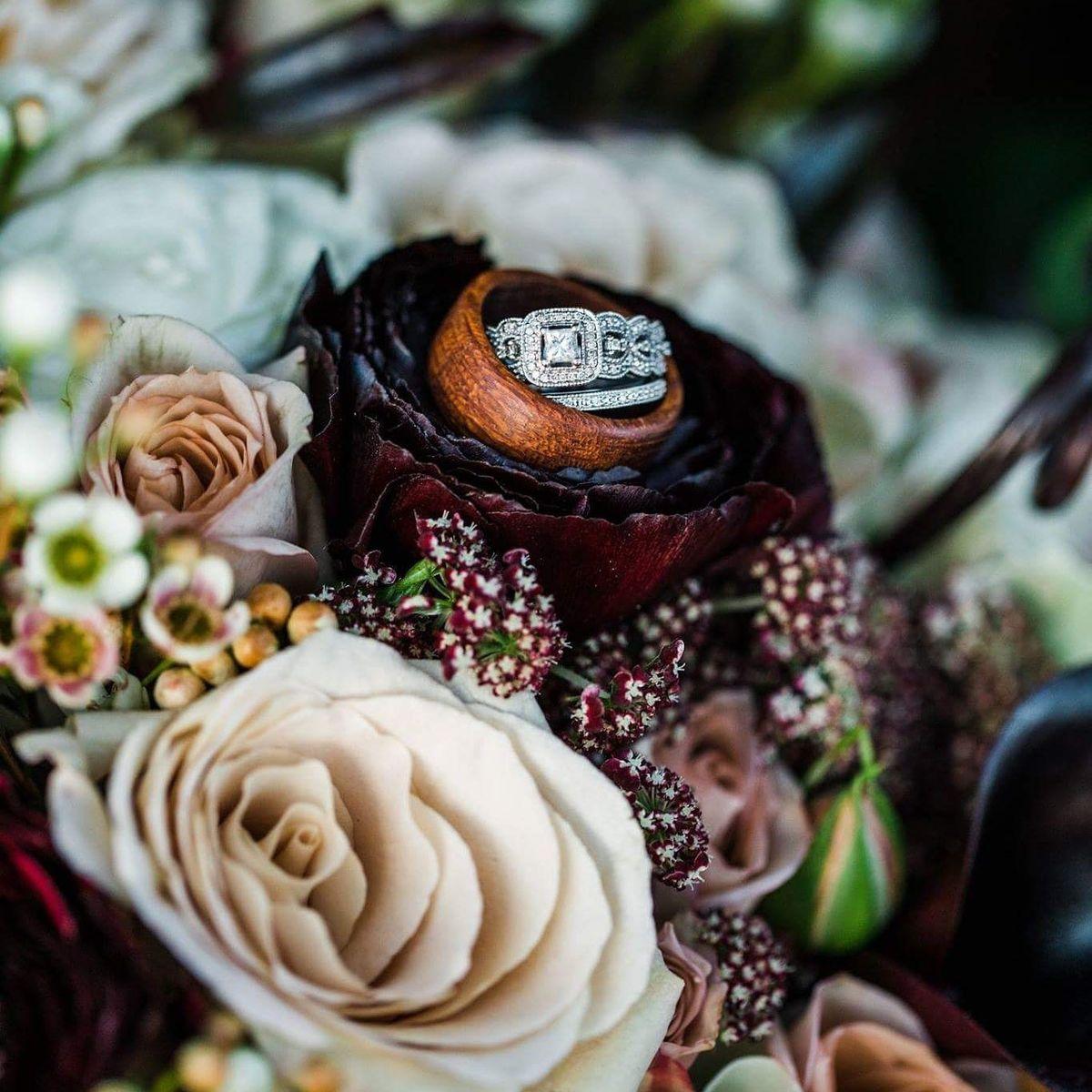 Golden thistle design flowers blowing rock nc weddingwire mightylinksfo