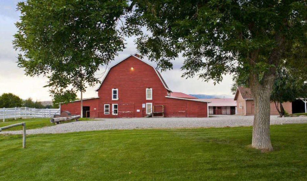 Red Barn Guest Ranch Venue Silt Co Weddingwire