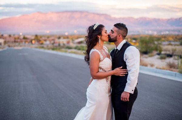 1516151883 6a7fdbdf615f0500 1516151880 11c3438d1ca79ccb 1516151867216 9 LaurenCheriePhotog Albuquerque wedding photography
