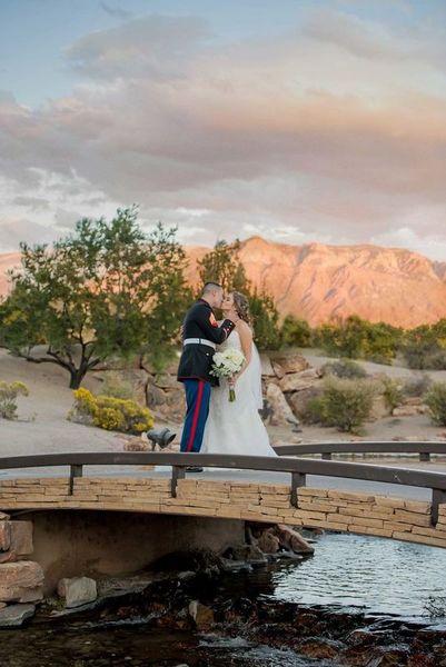 1516152103 271b79de8453d286 1516152057 739ce9b856435dcd 1516152044880 16 LaurenCheriePhoto Albuquerque wedding photography