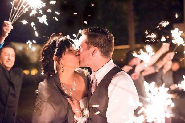 1516152121 43374aaca82e5236 1516152117 33a1b6c848475d28 1516152113149 21 LaurenCheriePhoto Albuquerque wedding photography