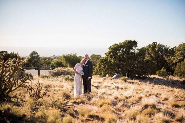 1516152163 A0631552868dc916 1516152160 9f184b6f6ac19637 1516152146193 23 LaurenCheriePhoto Albuquerque wedding photography