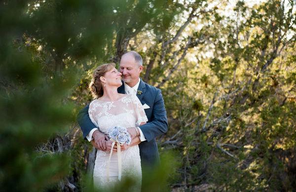 1516152166 28128cd989eb3b55 1516152160 7d9ecb4664f899cf 1516152146194 24 LaurenCheriePhoto Albuquerque wedding photography