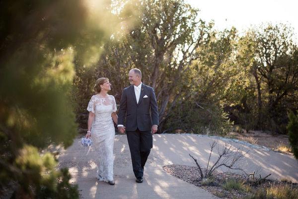 1516152166 D229b21fb5ecd251 1516152161 3f2c9b3ab825883f 1516152146195 25 LaurenCheriePhoto Albuquerque wedding photography