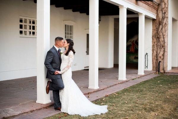 1521834618 D88d10e238ba07db 1521834609 731884cce29ff2c9 1521834583872 1 LaurenCheriePhotog Albuquerque wedding photography
