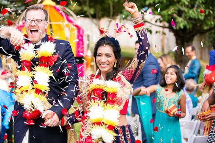 Spotlight Wedding Photographers Near Tacoma Robert Paetz Photography Petersen Pictures