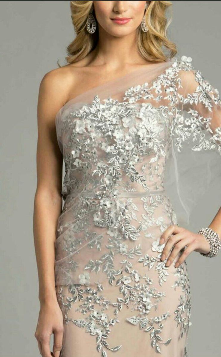 discount prom dress shops in the us near port huron