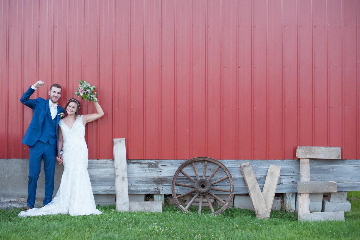 Scenic Escape Barn - Venue - Lakeville, MN - WeddingWire