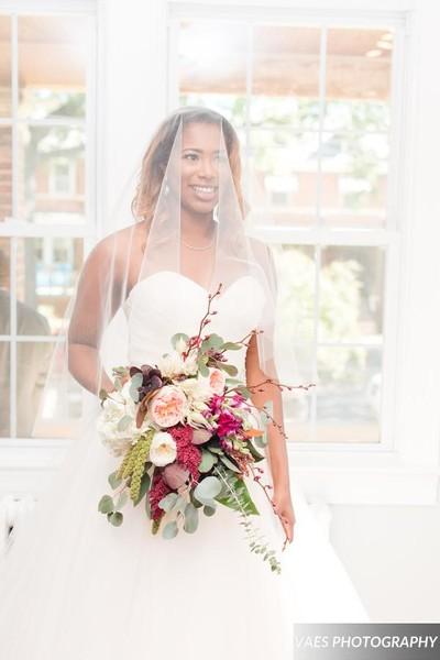 600x600 1506120401272 smithsmithnovaesphotography wedding154 veil