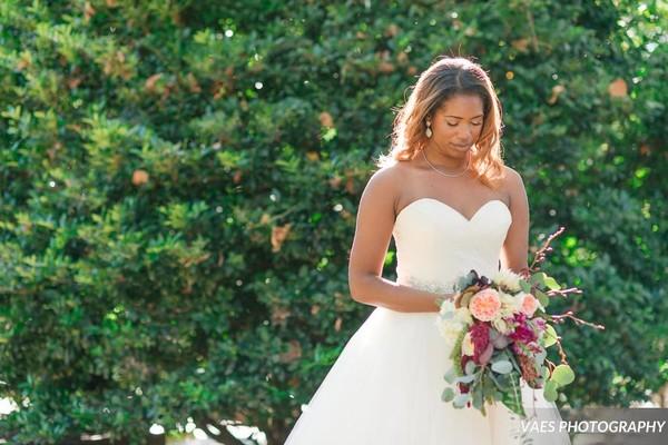 600x600 1506478257183 smithsmithnovaesphotography wedding395 down