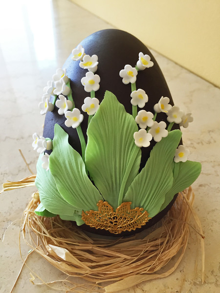 600x600 1508190927749 lily of the valley chocolate egg