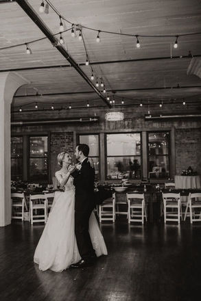 Oklahoma city wedding venues reviews for venues skyline bricktown skyline bricktown spotlight wedding venues near oklahoma city junglespirit Images