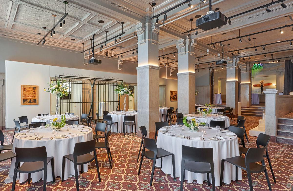 21c museum hotel kansas city venue kansas city mo. Black Bedroom Furniture Sets. Home Design Ideas