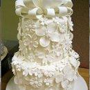 130x130_sq_1199857224463-cremeflowerycake