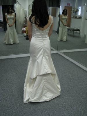 bustles weddings etiquette and advice planning beauty and attire wedding forums weddingwire