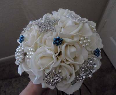 brooch bouquets weddings style and decor do it yourself fun stuff wedding forums. Black Bedroom Furniture Sets. Home Design Ideas