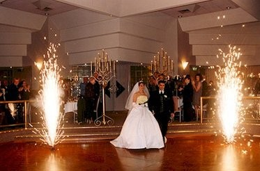 Making A Big Entrance Weddings Planning Style And