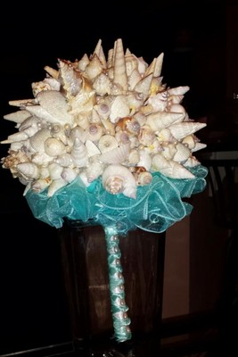 diy seashell bouquet complete weddings do it yourself wedding forums weddingwire. Black Bedroom Furniture Sets. Home Design Ideas