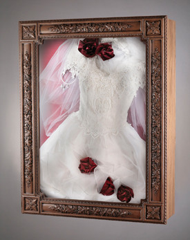 I want to frame my wedding gown help weddings beauty for Wedding dresses for small frames